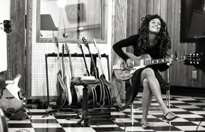 "Valerie June – Debüt Album ""Pushin´ Against A Stone"""